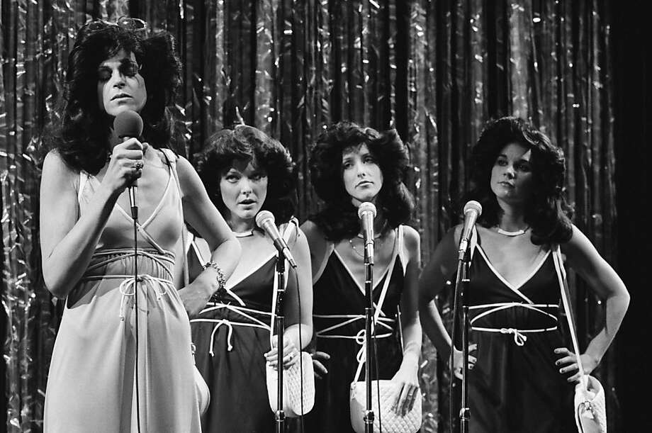 "Pictured: (l-r) Gilda Radner as Rhonda Weiss, Jane Curtin, Laraine Newman, Linda Ronstadt during the 'Goodbye Saccharine' skit on ""Saturday Night Live"" on March 19, 1977 -- Photo by: NBCU Photo Bank Photo: Nbc"