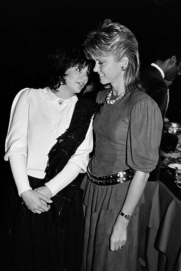 Olivia Newton-John and Linda Ronstadt in 1983. (Photo by Time & Life Pictures/Getty Images) Photo: Time & Life Pictures
