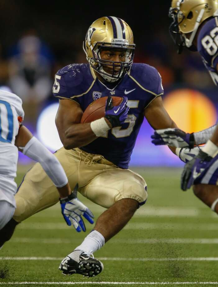 3. Can Bishop Sankey continue to carry the load?  Against Boise State, Sankey was downright dominant, picking up the tough yards inside early before gashing the Broncos with big gainers in the second half. He finished with 161 and two scores on 25 carries, and firmly cemented himself as one of the Pac-12's top backs.  As we said earlier, the Illini's opponents have had to get away from the rush early on in both of their contests, and the stats back that up. Illinois is No. 31 in the country in run defense, giving up a mere 107 yards per game on the ground.  If the Huskies keep the game close or jump out to a lead themselves, look for them to give Sankey a lot of work and test just how good that Illini run defense front really is. Photo: Otto Greule Jr, Getty Images