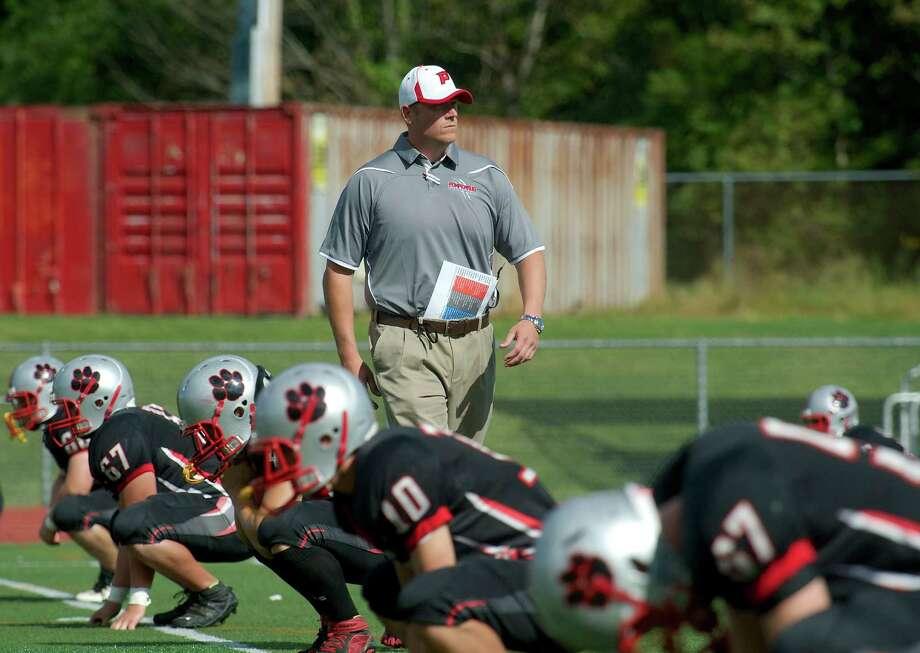 Pomperaug High football coach Roach resigns - NewsTimes