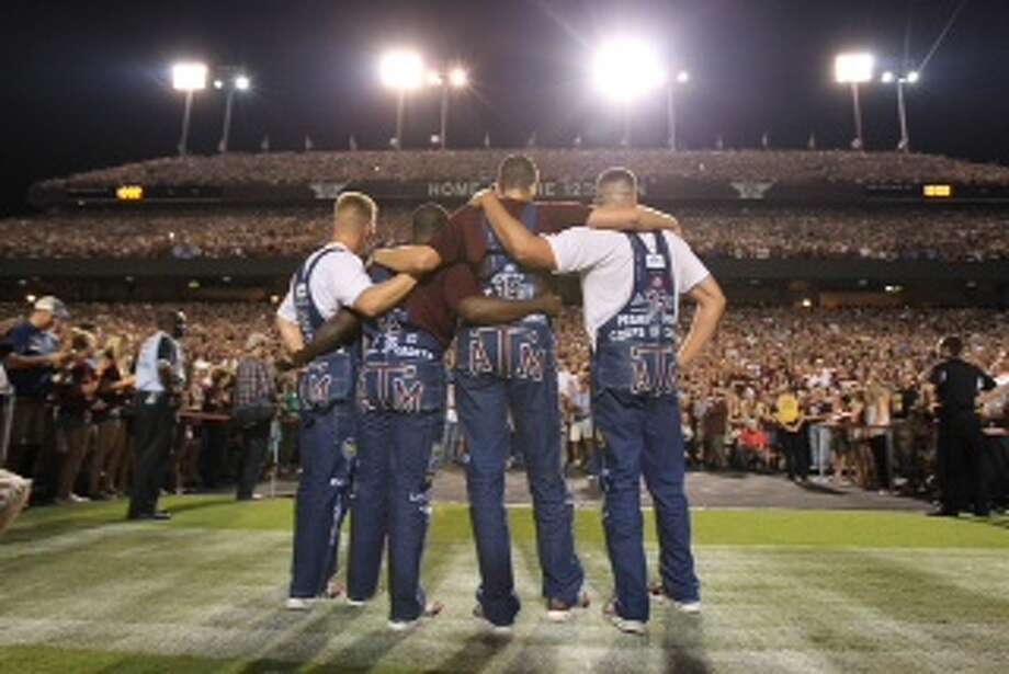 Texas A&M fans take part in the Midnight Yell. Photo: Karen Warren, Houston Chronicle