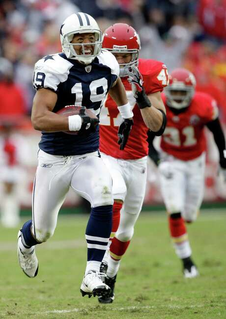 In 2009, a then-unknown Miles Austin broke out against the Chiefs with a club-record 250 receiving yards and two TDs. Photo: Jamie Squire / Getty Images