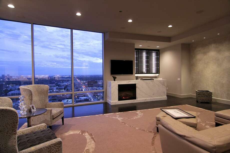 Living room.