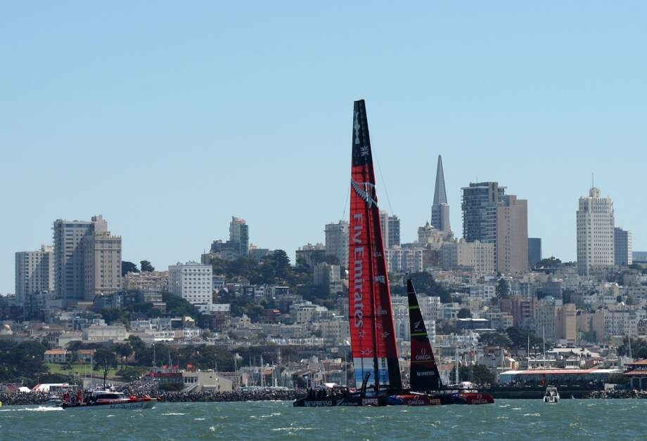 Emirates Team New Zealand competes against Oracle Team USA during the 34th America's Cup on September 15, 2013 in San Francisco. Photo: DON EMMERT, AFP/Getty Images