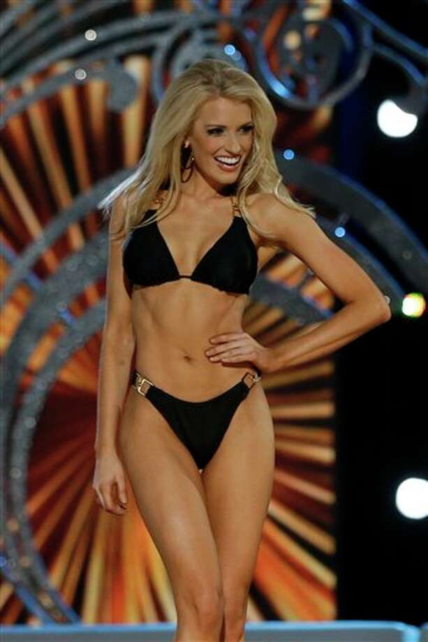 Miss Mississippi Chelsea Rick displays her swimsuit. Photo: Mel Evans, AP / AP