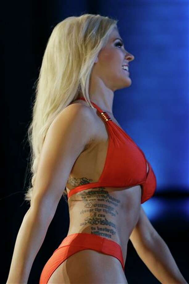 Miss Kansas Theresa Vail shows her bathing suit during the lifestyle competition. Photo: Julio Cortez, AP / AP