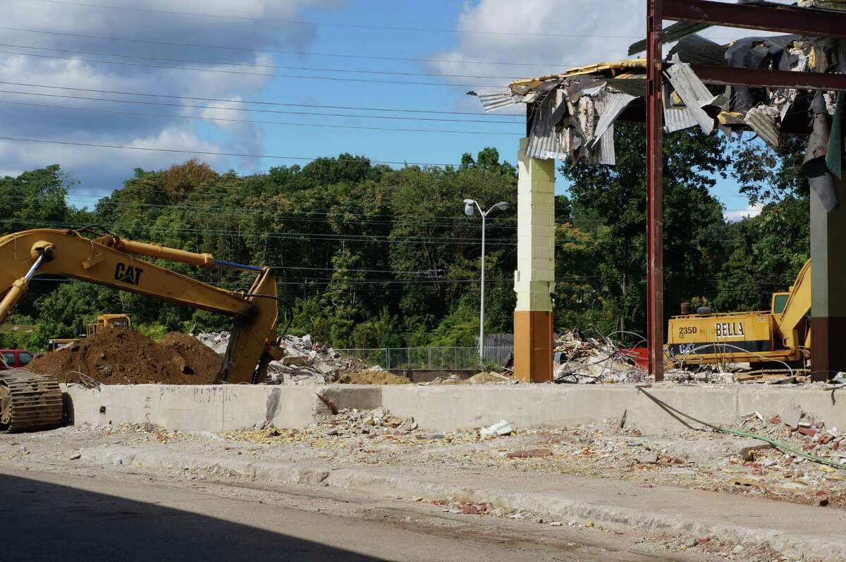 Work continues on the former U.S. Post Office on the Post Road, soon to be a Plan B Burger Bar along with some retail shops.
