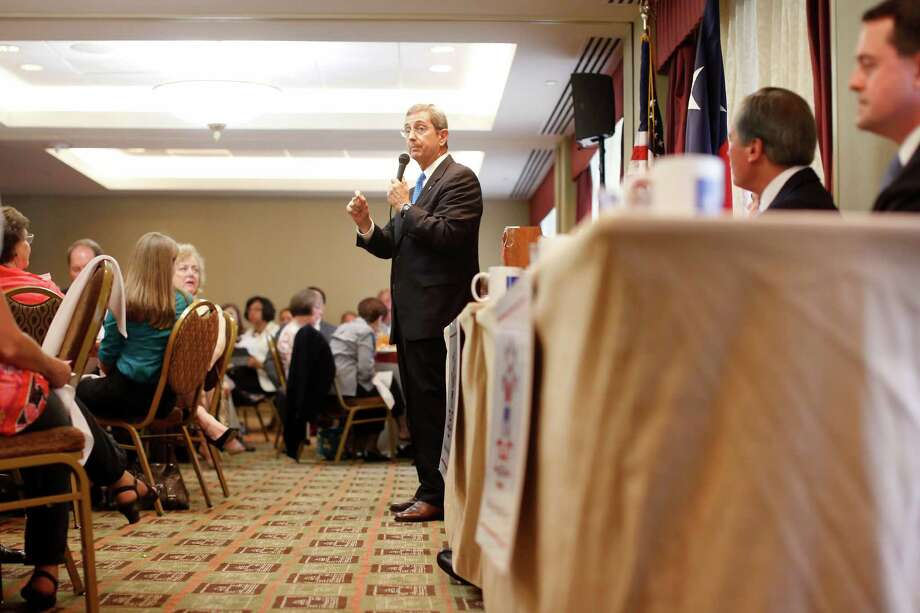 Candidate Jerry Patterson speaks to the crowd during a debate between the four candidates for lieutenant governor, Monday, September 16, 2013 at the Republican's women's forum at the Doubletree hotel in Houston, Texas.  Photo: © TODD SPOTH PHOTOGRAPHY, LLC / © TODD SPOTH PHOTOGRAPHY, LLC
