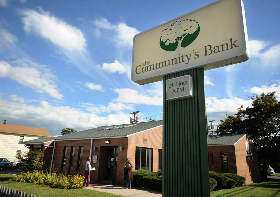 The Community's Bank which closed last week at 2547 East Main Street in Bridgeport, Conn. on Monday, September 16, 2013. Photo: Brian A. Pounds / Connecticut Post