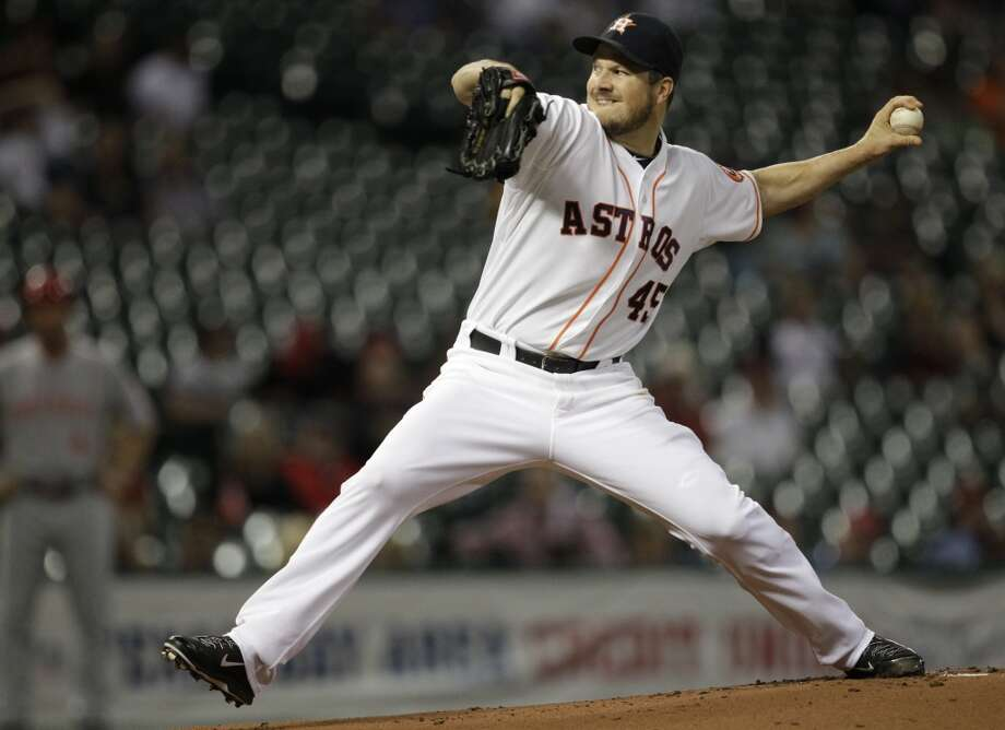 Sept. 16: Reds 6, Astros 1Astros pitcher Erik Bedard delivers a throw to the Reds. Photo: Melissa Phillip, Houston Chronicle