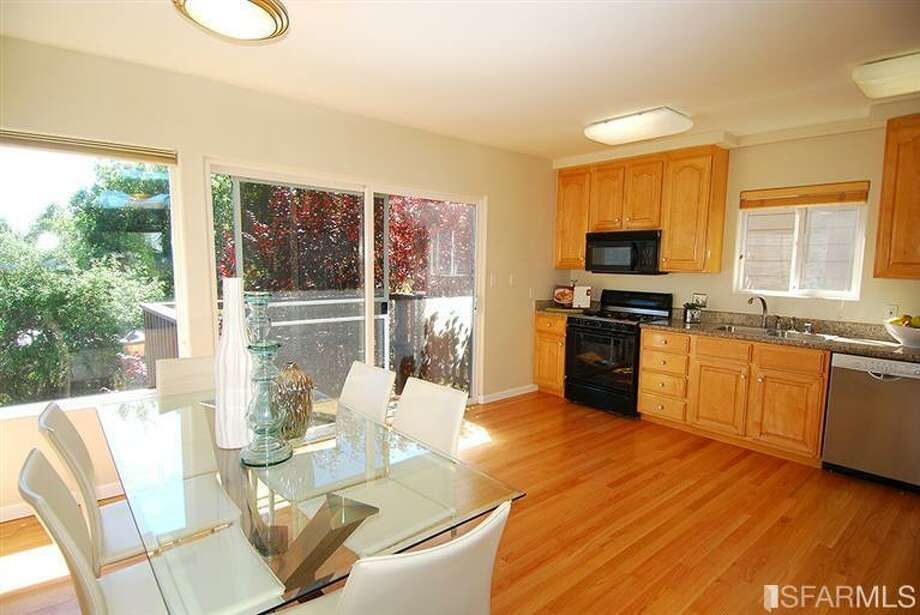 Kitchen area. Photos via MLS/Nina Geneson, Metropolitan Properties
