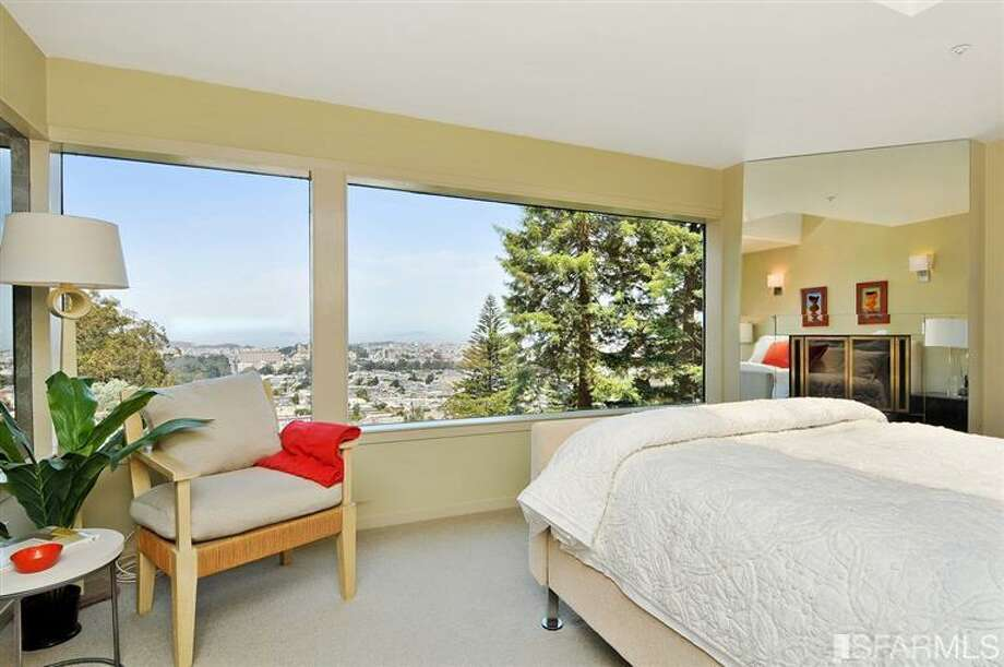 Room with a view. Photos via MLS/Craig Adams, Coldwell Banker Res. R.E. Svcs