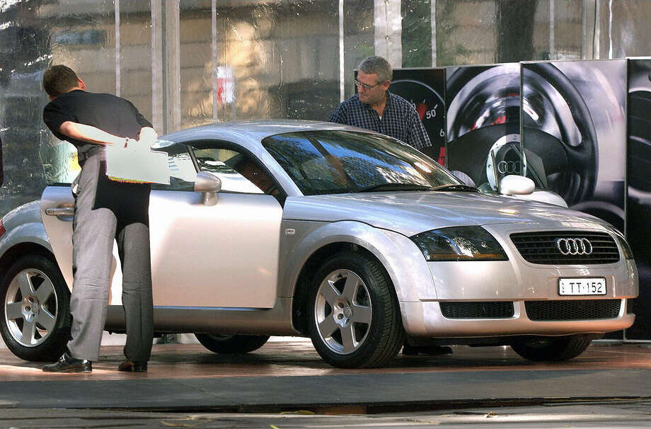 Read why Top Gear picked this car. Photo: WILLIAM WEST, AFP/Getty Images / 2004 AFP