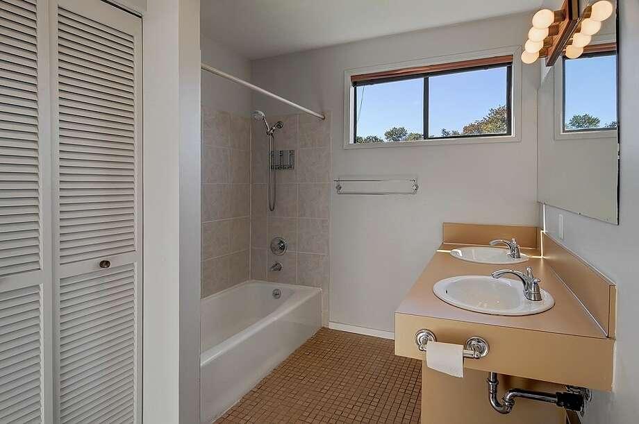 Bathroom of 2815 S Dawson St. It's listed for $434,000. Photo: Courtesy Matt Martel, Findwell