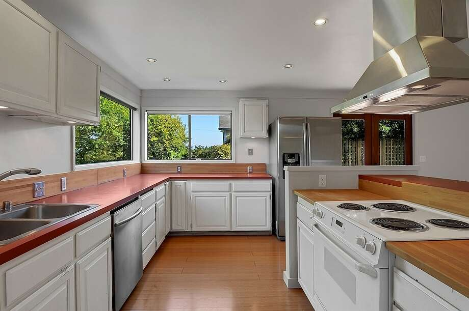 Kitchen of 2815 S Dawson St. It's listed for $434,000. Photo: Courtesy Matt Martel, Findwell