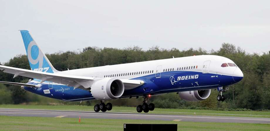 The first Boeing 787-9 Dreamlinker starts to take off on its first flight Tuesday, Sept. 17, 2013, at Paine Field in Everett, Wash. Photo: AP