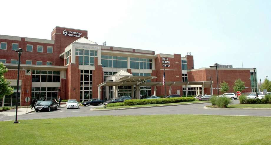 Stamford Hospital \ Tully Health Center 32 Strawberry Hill Court in Stamford, Conn. Photo: Cathy Zuraw, ST / Stamford Advocate