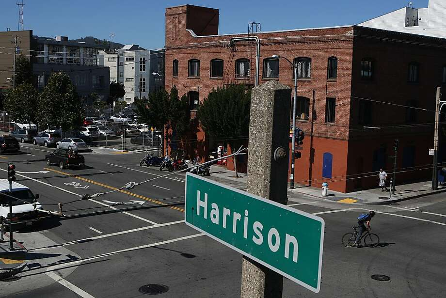The parking lot in the 1500 block of Harrison Street is being presented by a task force as a recommended site for a new city park. Photo: Liz Hafalia, The Chronicle