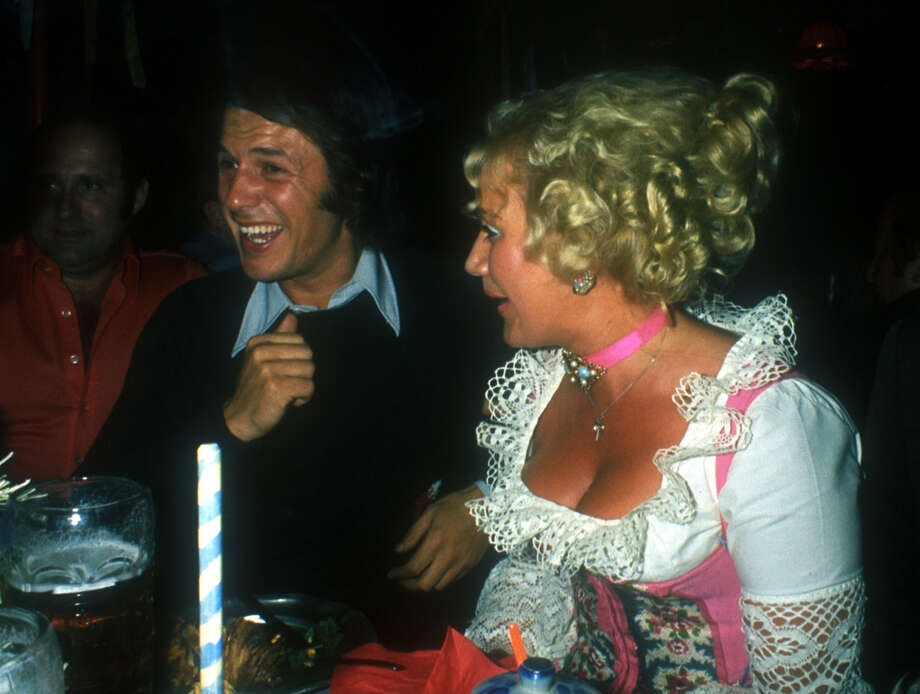 Revelers enjoy Oktoberfest. Photo: Peter Bischoff, Getty Images / 1974 Getty Images