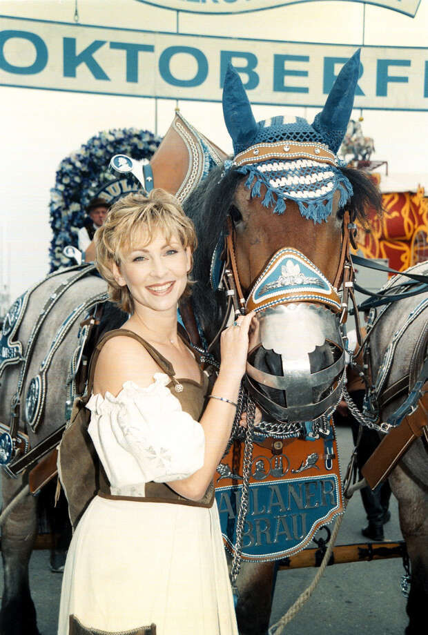Claudia Jung and horse pictured at Oktoberfest. Photo: Peter Bischoff, Getty Images / 1999 Getty Images