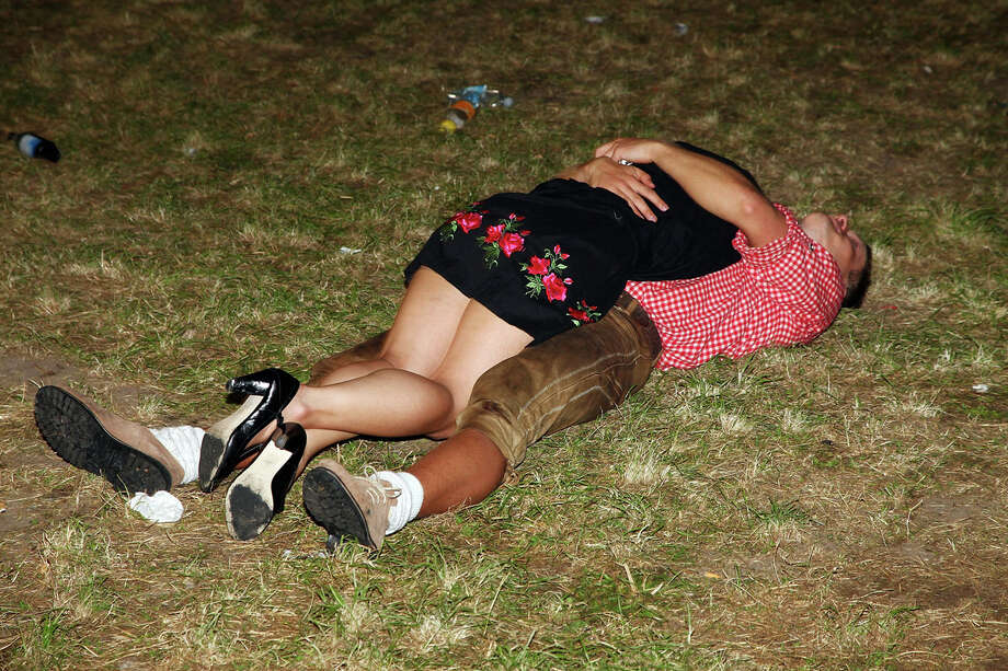 Фото пьяных сук — pic 12