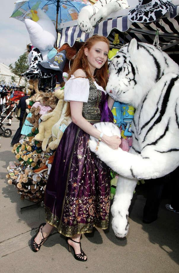 Barbara Meier attends the Oktoberfest 2009. Photo: Florian Seefried, Getty Images / 2009 Florian Seefried