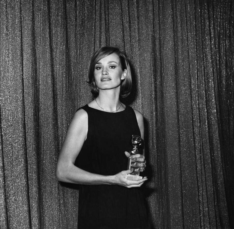 Jessica Lange in 1977, with a Golden Globe for King Kong. Photo: Getty Images