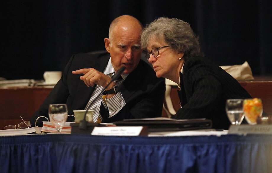 Gov. Jerry Brown and Aimee Dorr, provost and executive vice president for academic affairs, attend the program launch. Photo: Lacy Atkins, The Chronicle