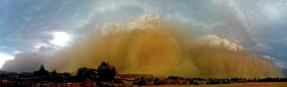 Derecho: A dusty windstorm associated with long, flat clouds. A derecho like this one in La   Porte, Ind. in June 2012, can be almost as destructive as a tornado-- even though the winds are straight. Photo: Multiple