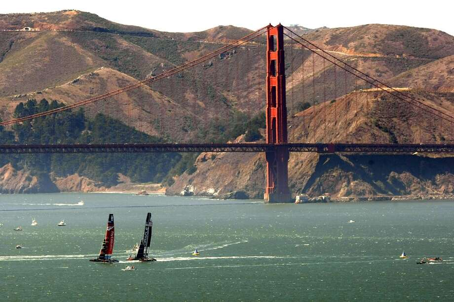Emirates Team New Zealand takes the lead against Oracle Team USA at the start of race number eleven of the America's Cup Finals in San Francisco, California Wednesday, September 18, 2013. Photo: Michael Short, The Chronicle