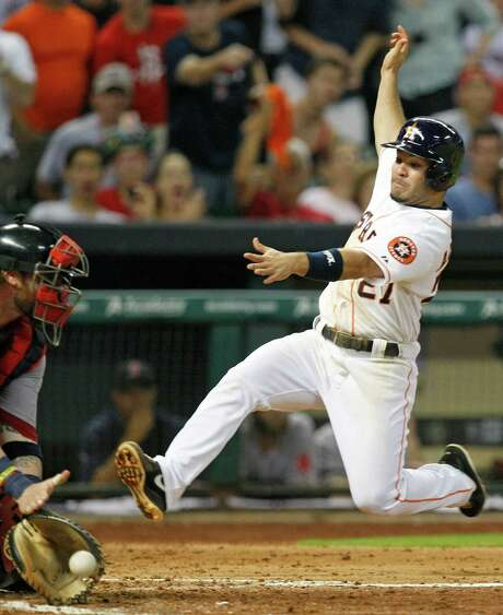 One thing the Astros know they can count on is Jose Altuve's playing the game with passion. Photo: Johnny Hanson, Staff / © 2013  Houston Chronicle