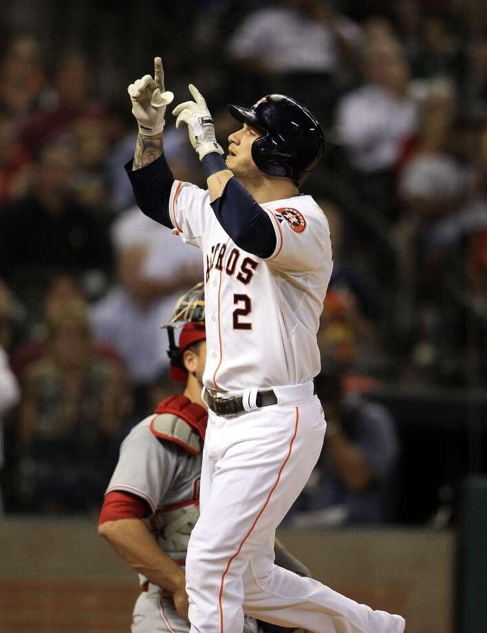 Astros center fielder Brandon Barnes (2) celebrates his solo home run. Photo: Karen Warren, Houston Chronicle