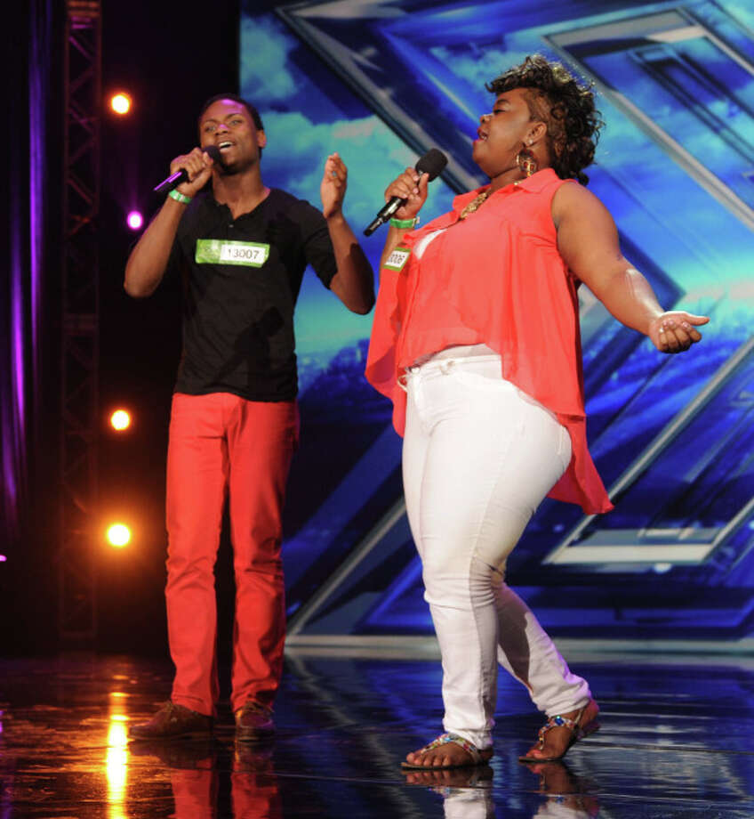 THE X FACTOR: CHLOE T AND CJ pefrorm in front of the Judges on THE X FACTOR airing Wednesday, Sep. 18 (8:00-10:00 PM ET/PT) on FOX. CR: Ray Mickshaw/ FOX. © Copyright 2013 / FOX.