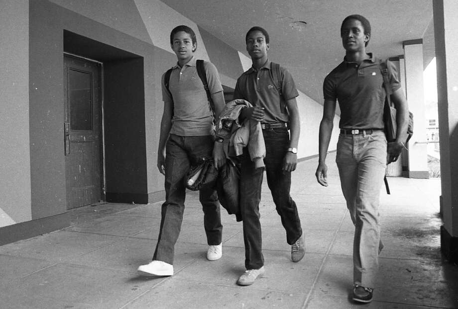 These gentleman are dressed so similarly, you'd think Lincoln High had a school uniform. I count two Izod polo shirts and one Britannia. Also, note the crispness of the jeans. An iron was involved. Photo: Gary Fong, The Chronicle