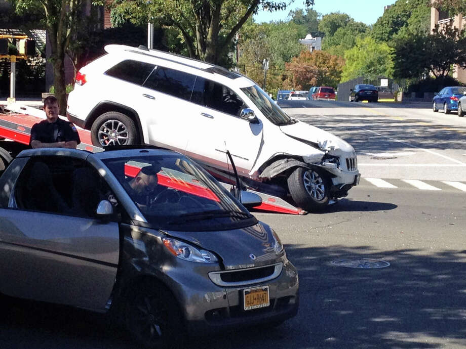 A two-car accident near the intersection of Division Street and Washington Boulevard forced the closure of Washington Boulevard for about 20 minutes Thursday morning. No injuries were reported in the accident. Photo: John Nickerson