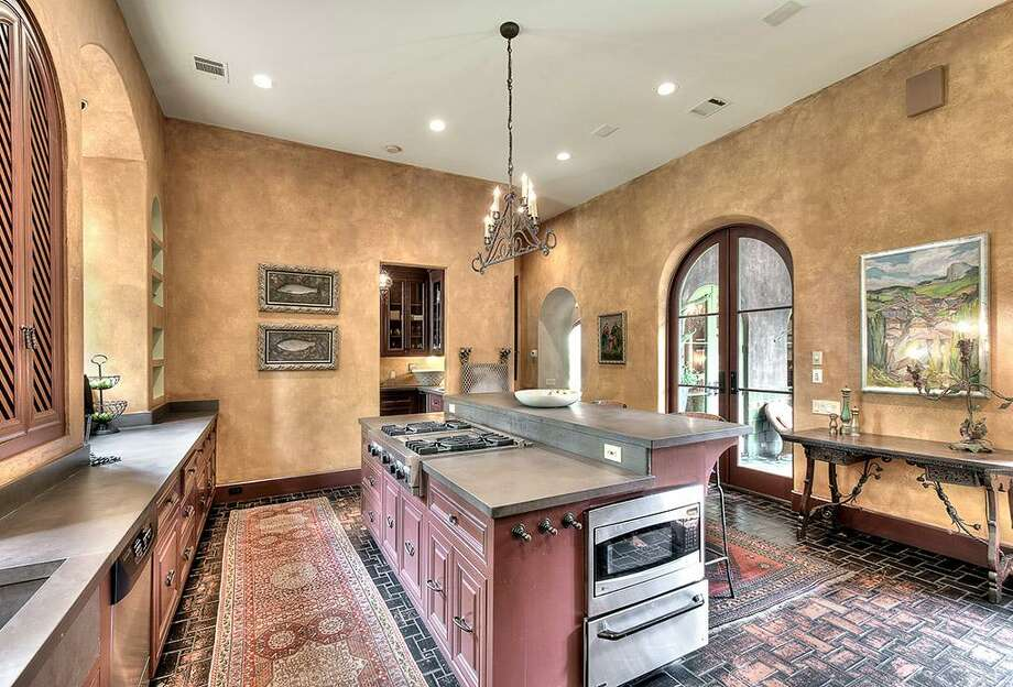 Home price: $3.3 millionListing agent: Carol Rowley