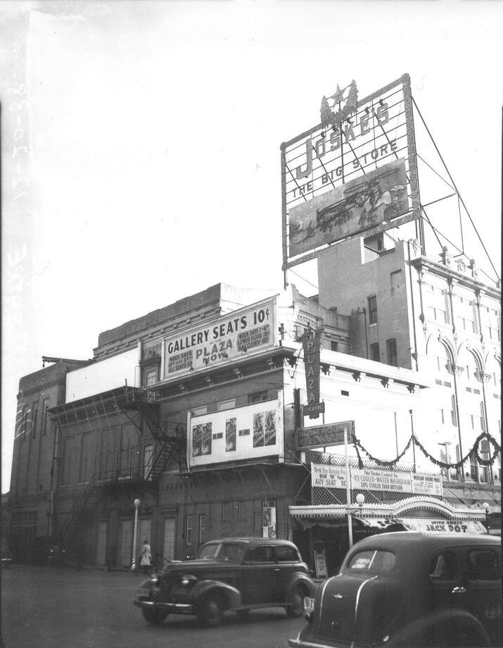 Plaza Theater is shown with the sign for Joske's department store towering over it. San Antonio Light photo, Dec. 20, 1938. Source: UTSA Libraries Special Collections Photo: UTSA Special Collections