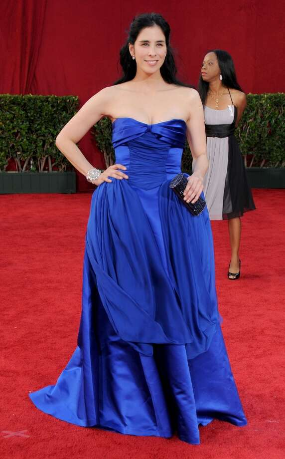 Miss:Sarah Silverman, 2009. And here's where blue goes bad. The color itself isn't to blame; it's the too-small top and too-accentuated hip zone that add up to a mistake. Photo: Gregg DeGuire, FilmMagic