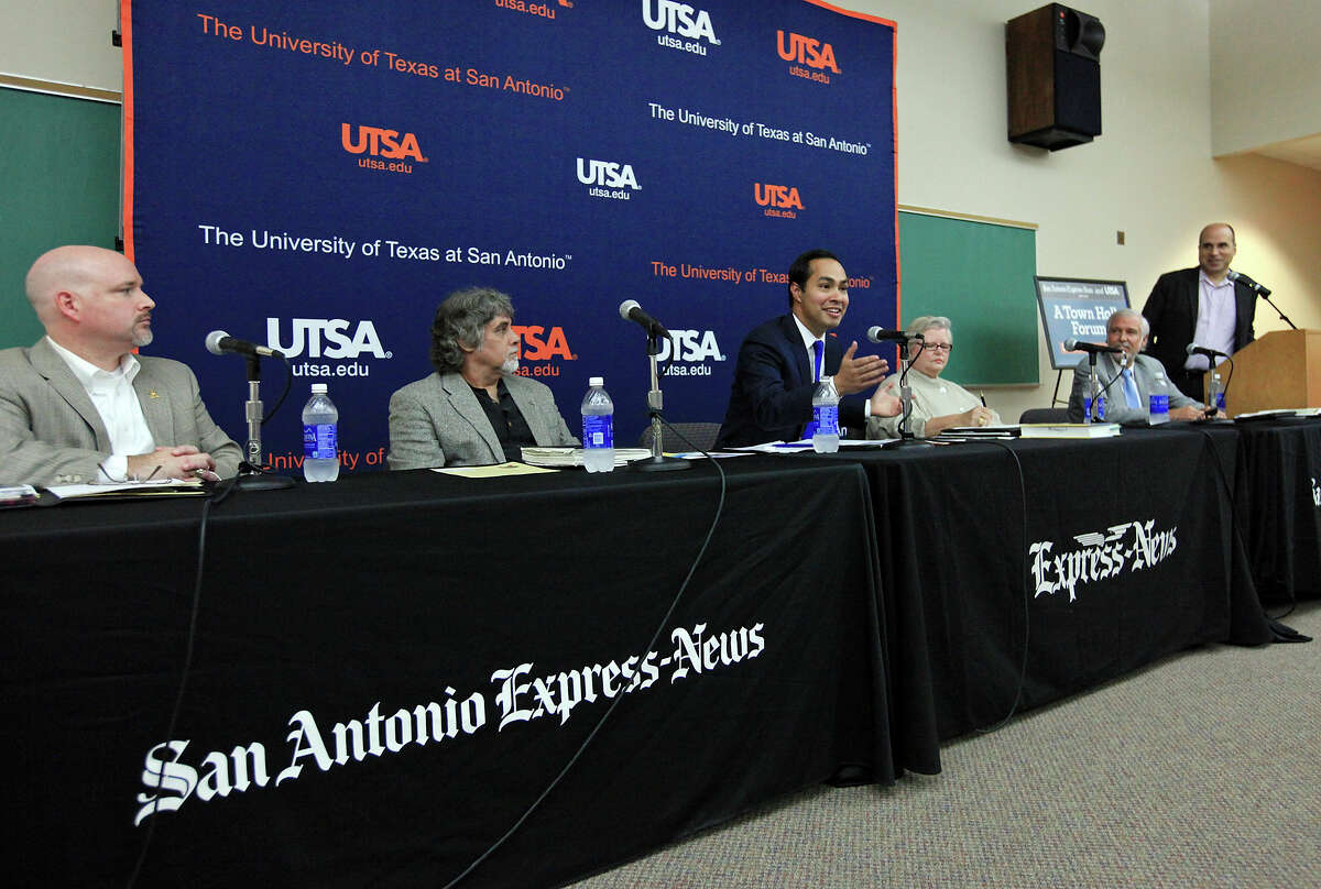 Davis Phillips, President and CEO of Phillips Entertainment (from left), historian Gary Foreman, Mayor Julian Castro, San Antonio Conservation Society President Sue Ann Pemberton, Chief Clerk for the Texas General Land Office Larry Laine, and San Antonio Express-News columnist Gilbert Garcia take part in the San Antonio Express-News and UTSA Town Hall Forum Future of Alamo Plaza Thursday Sept. 19, 2013 at the UTSA Downtown Campus.