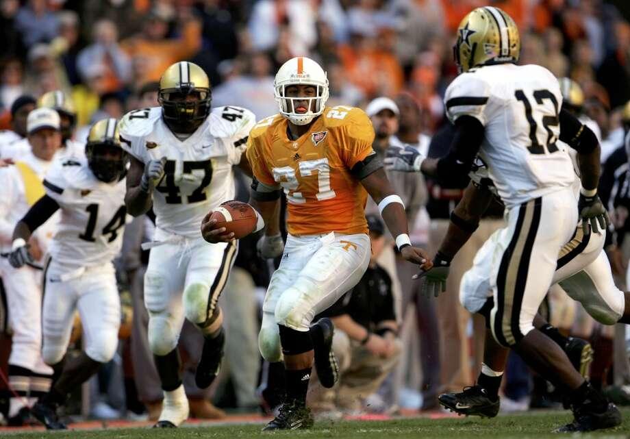 On Nov. 19, 2005, Foster rushed for a career-best 223 yards against the Vanderbilt. Photo: Doug Pensinger, Getty Images