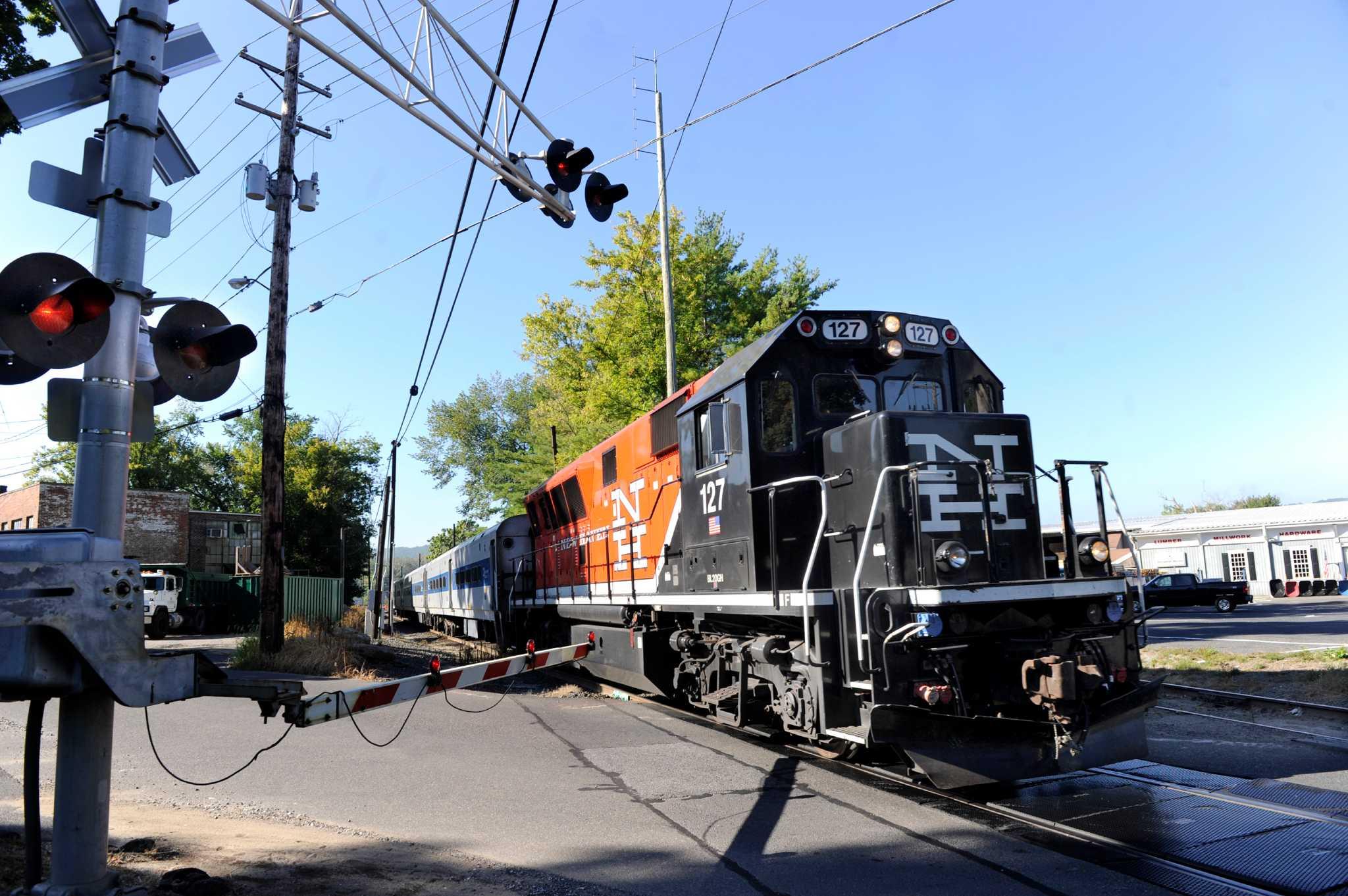 Train service to pick up on Danbury line - NewsTimes
