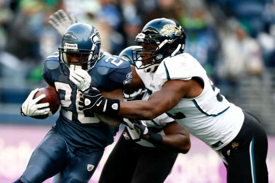 But first ... the last they met:  Oct. 11, 2009 -- Jaguars 0, at Seahawks 41  The Hawks and Jags haven't met since the 2009 season, when Seattle went 5-11 and Jacksonville finished 7-9. But the game was a Seahawks blowout. Led by quarterback Matt Hasselbeck, Seattle out-gained Jacksonville 379 yards to 199. Runners Justin Forsett, Julius Jones and Edgerrin James combined for 123 rushing yards, and Hasselbeck threw four touchdowns on 214 yards passing. The Seahawks defense -- then coordinated by now-Jacksonville coach Gus Bradley -- sacked quarterback David Garrard five times and held the Jaguars scoreless for 60 minutes, even after the second string came in to mop up the fourth quarter.  Of course, the Seahawks are now a completely different team; the only holdovers from 2009 are defensive tackle Brandon Mebane (2007), defensive end Red Bryant (2008), punter Jon Ryan (2008) and center Max Unger (2009). Everyone else -- including head coach Pete Carroll and most of his staff -- is new. Similarly, the Jaguars are a completely different team, with the exception of a few key players like running back Maurice Jones-Drew and right guard Uche Nwaneri. The difference between the Hawks and Jags, though, is the wild turnaround in Seattle and the continuing downward spiral in Jacksonville; in the latest ESPN Power Rankings, the Seahawks are No. 1 and the Jags are dead last at No. 32. Photo: Jonathan Ferrey, Getty Images / 2009 Getty Images