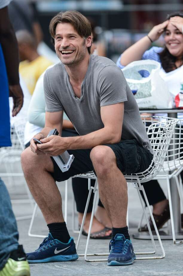 Nikolaj Coster-Waldau looking relaxed outside a Manhattan Apple store on June 27, 2013. Photo: Ray Tamarra, Getty Images