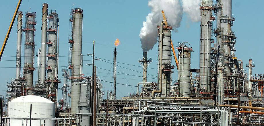 Total Port Arthur Refinery. Enterprise file photo. Photo: TAMMY MCKINLEY, BE Staff / Beaumont Enterprise