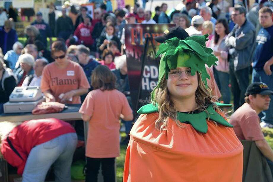 Congregation Agudat Achim announces the 35th Annual Carrot Festival will be held on Sunday, Sept. 29 on the grounds of the synagogue, 2117 Union St., Niskayuna, from 10 a.m. to 4:30 p.m. The event, which will be held rain or shine, is open to the entire community. Since the Carrot Festival began, more than 14,000 carrot cakes have been baked.  In addition, more than 10,000 slices of the Signature Carrot Cake have been sold since organizers began baking it in 1993.  This year, it is predicted that more than 600 carrot cakes, 1,200 slices of Signature Carrot Cake, and 700 cookies will be enjoyed by Festival goers   (Photo provided)