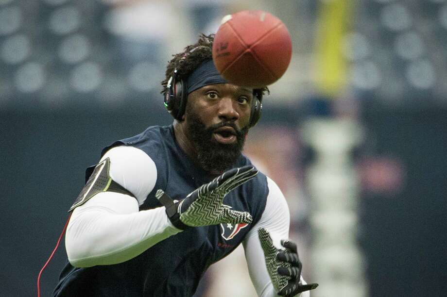 All signs point to safety Ed Reed getting his first playing time with the Texans today against none other than the team to which he devoted 11 years, Baltimore. Photo: Smiley N. Pool, Staff / © 2013  Houston Chronicle