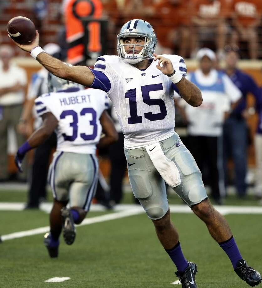 Kansas State quarterback Jake Waters throws a screen pass in the first quarter as Texas hosts Kansas State at Darrell K. Royal - Texas Memorial Stadium  on September 21, 2013. Photo: TOM REEL