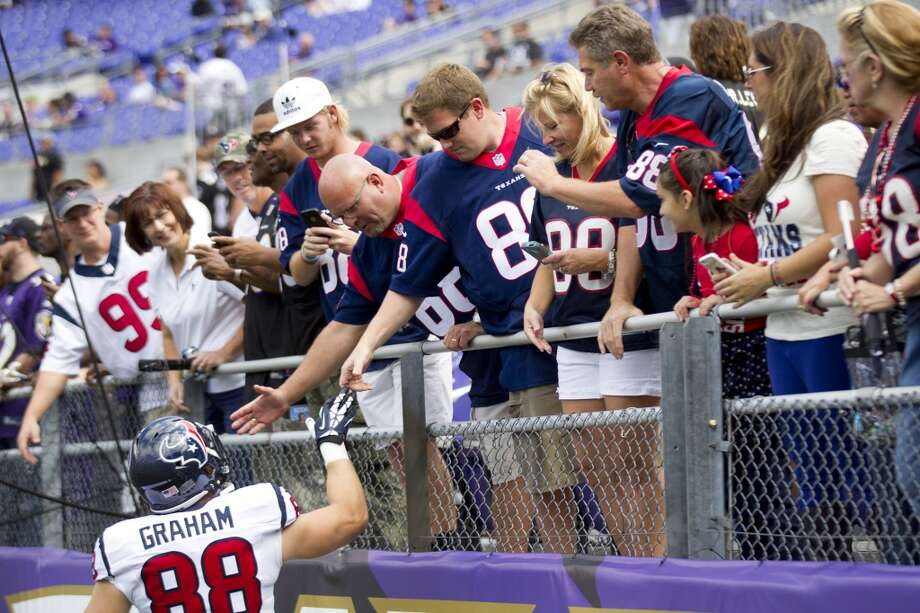 Texans tight end Garrett Graham greets fans in Baltimore. Photo: Brett Coomer, Houston Chronicle