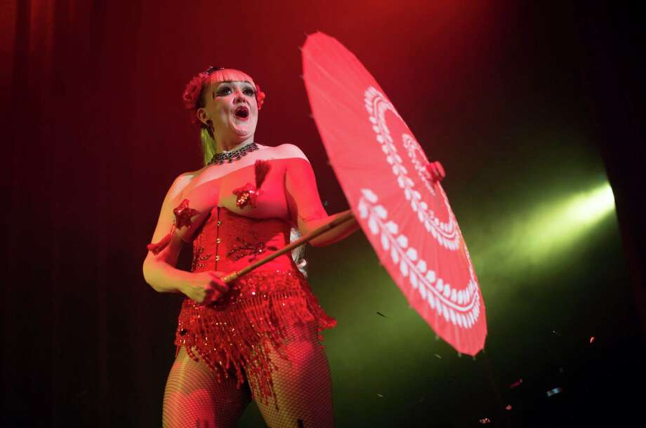 Burlesque artist Diva Hollywood of Britain performs during the Odd Night, the second show of the first international Berlin Burlesque Festival in Berlin, Germany, Friday, Sept. 20, 2013. The four-day festival including three different evening shows and different workshops hosts some 36 international burlesque artists. Photo: AP