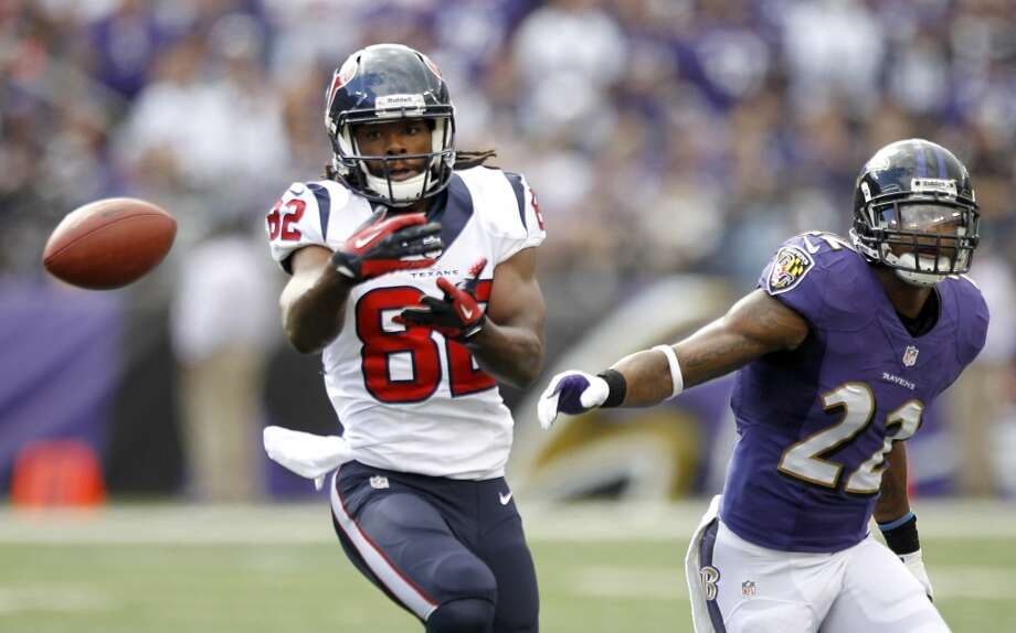Texans receiver Keshawn Martin is unable to wrap his hands around a pass. Photo: Brett Coomer, Houston Chronicle